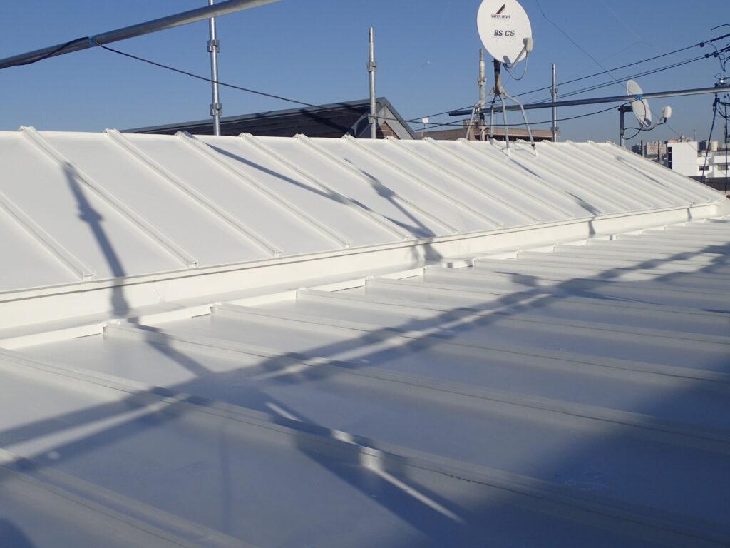 AGCルミステージフッ素屋根塗装